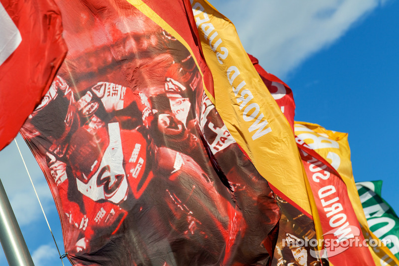 Flags at Miller Motorsports Park