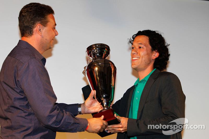 Teddy Yip van Status Grand Prix, prijs 2de plaats kampioenschap