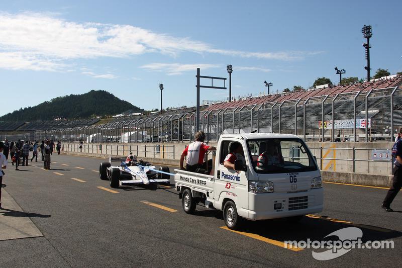 Auto van Graham Rahal, Newman/Haas Racing
