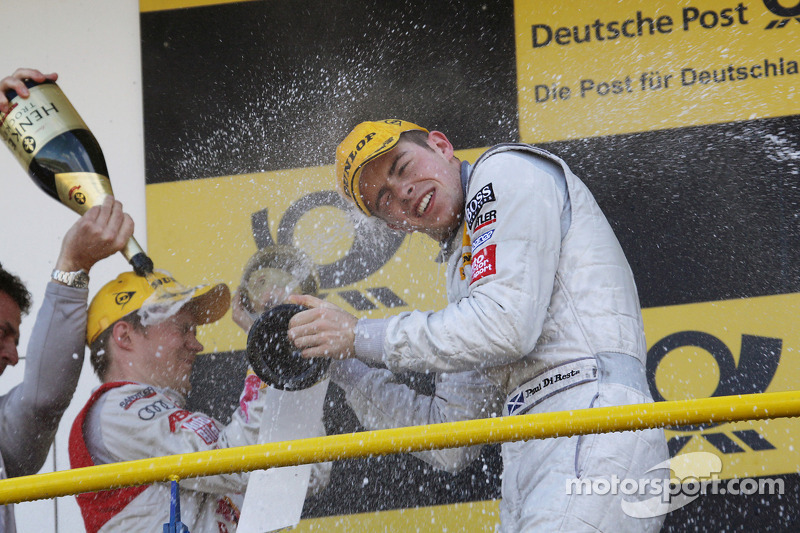 Podium: race winnaar Paul di Resta, Team HWA AMG Mercedes