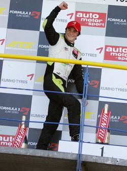 Vainqueur de la course : Jim Pla, ART Grand Prix Dallara F308 Mercedes