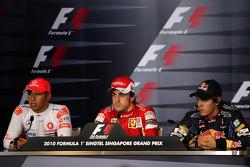 Pole winner Fernando Alonso, Scuderia Ferrari, second place Sebastian Vettel, Red Bull Racing, third place Lewis Hamilton, McLaren Mercedes