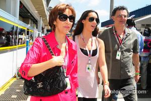 Viviane and Bianca Senna, mother and sister of Bruno Senna, Hispania Racing F1 Team