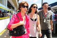 Viviane en Bianca Senna, moteder en zus vanBruno Senna, Hispania Racing F1 Team