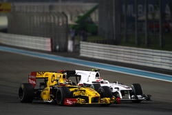 Robert Kubica, Renault F1 Team, Kamui Kobayashi, BMW Sauber F1 Team