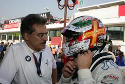 Dr. Mario Theissen, and Andy Priaulx, BMW Team RBM BMW 320si
