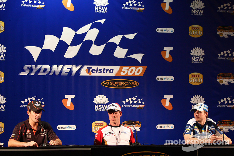 Persconferentie: Jamie Whincup, #1 TeamVodafone, James Courtney, #18 Jim Beam Racing, Mark Winterbottom, #5 Ford Performance Racing