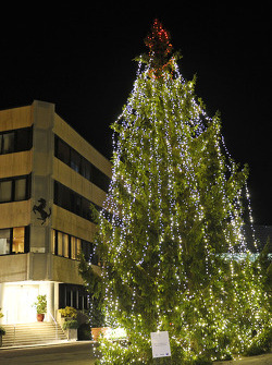 Ferrari's family Christmas: Christmas Tree at the Gestione Sportiva in Maranello