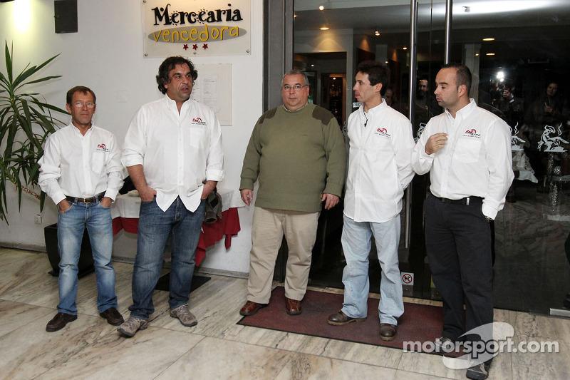 Red Line Team: Francisco Inocencio en Pedro Velosa