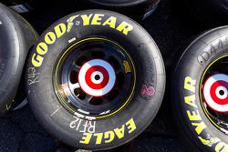 Goodyear tire for Juan Pablo Montoya, Earnhardt Ganassi Racing Chevrolet