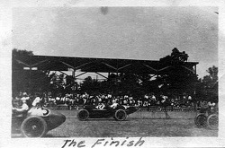 1921 Indy 500 The Finish #3 Ira Vail, #10 Howdy Wilcox