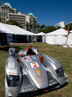 Go Green Auto Rally event in Miami: an Audi R8