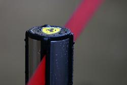 Lluvia fuerte en el Circuito de Cataluña para el último día de pruebas. Ambiente en Scuderia Ferrari