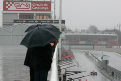 Lluvia fuerte en el Circuito de Cataluña para el último día de pruebas.