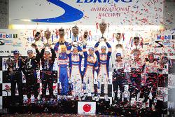 P1 podium: overall winners Nicolas Lapierre, Loic Duval, Olivier Panis, second place, Simon Pagenaud, David Brabham, Marino Franchitti, third place, Franck Montagny, Stéphane Sarrazin, Pedro Lamy