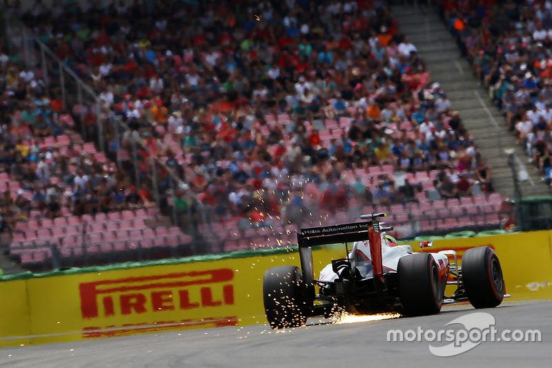 Esteban Gutierrez, Haas F1 Team VF-16 fa scintille