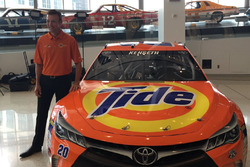 Matt Kenseth, throwback Tide paint scheme