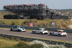 Finlay Crocker, VFR Racing, Honda Civic TCR; Niko Kankkunen, LMS Racing, SEAT Leon Cup Racer; Ronny Jost, TOPCAR Sport, SEAT Leon TCR