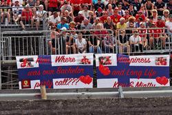 Banners from Kimi Raikkonen, Ferrari fans