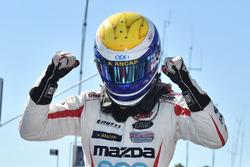 Pole, Santiago Urrutia, Schmidt Peterson Motorsports