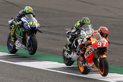 Marc Marquez, Repsol Honda Team, Cal Crutchlow, Team LCR Honda, Valentino Rossi, Yamaha Factory Racing