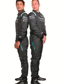 Mitch Evans, Jaguar Racing mit Adam Carroll, Jaguar Racing
