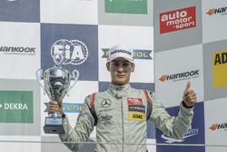 Podium, George Russell HitechGP Dallara F312 - Mercedes-Benz