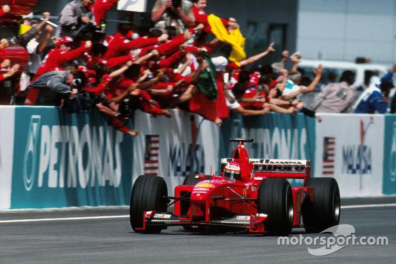 Эдди Ирвайн, Ferrari F399, победитель