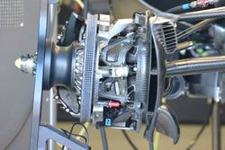 Mercedes AMG F1 W07 Hybrid, frenler