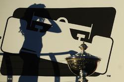 IndyCar-Logo mit Schatten von Gridgirl