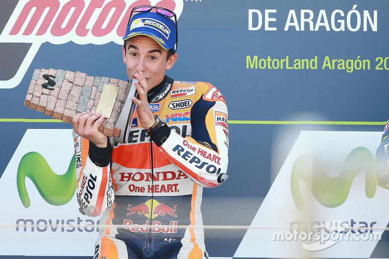 Podio: il vincitore della gara Marc Marquez, Repsol Honda Team
