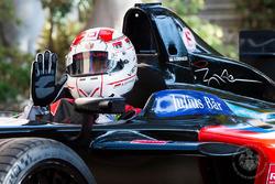 Principe Alberto II guida una Venturi Formula E