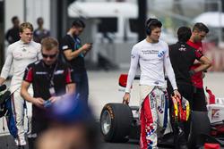 Matthew Parry, Koiranen GP, und Jake Dennis, Arden International