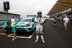 Stefano Comini, Volkswagen Golf GTI TCR, Leopard Racing