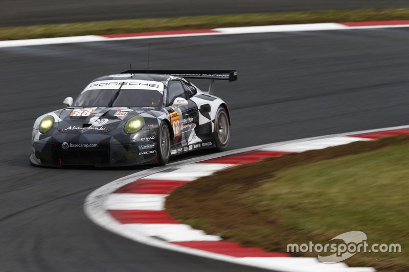 4. LMGTE Am: #88 Porsche 911 RSR: Khaled Al Qubaisi, David Heinemeier Hansson, Patrick Long