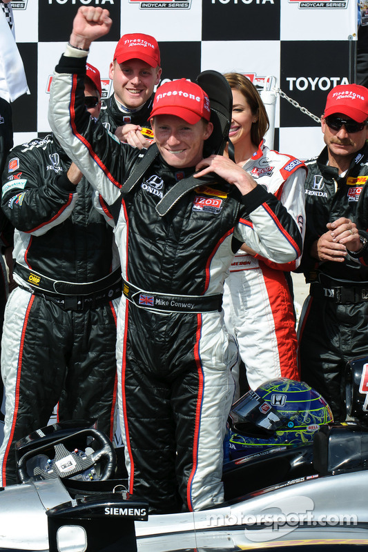 Race winnaar Mike Conway, Andretti Autosport