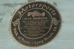 Walk of Fame - Long Beach, placa de Dan Gurney