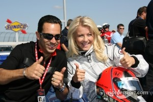 Helio Castroneves with Julianne Hough, his 2007 Dancing with the Stars partner