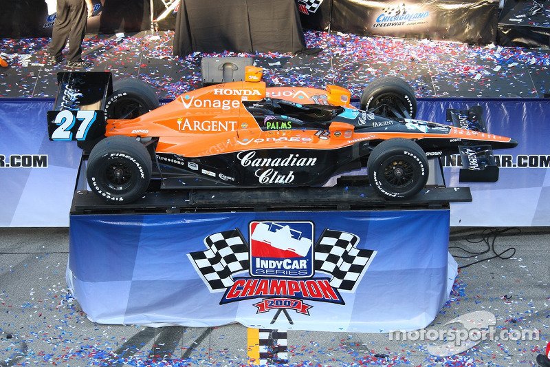 Victory lane: the 2007 IndyCar Series champion car
