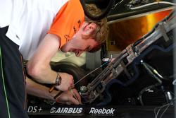 Force India mechanic