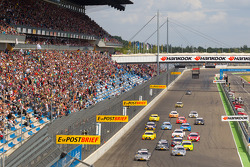 Départ : Bruno Spengler (Team HWA AMG Mercedes C-Klasse) mène