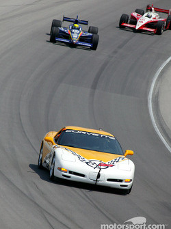 Parade lap: pace car driven by Johnny Rutherford leads Richie Hearn