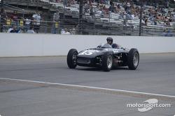 Vintage racers: 1953 Bardahl Special #15