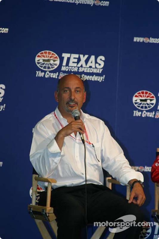 Conférence de presse des Stars of Karting : Bobby Rahal