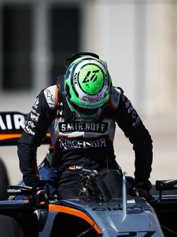 Nico Hulkenberg, Sahara Force India F1 VJM09, dans le parc fermé après les qualifications