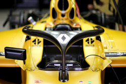 Renault F1 Team with the Halo
