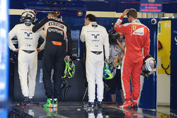 Валттери Боттас, Williams; Нико Хюлькенберг, Sahara Force India F1; Фелипе Масса, Williams; и Себастьян Феттель, Ferrari
