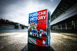 Buch: Porsche Victory 2016