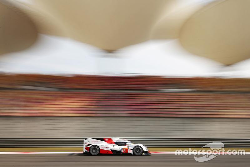 6. #5 Toyota Racing Toyota TS050 Hybrid: Ентоні Девідсон, Себастьян Буемі, Казукі Накадзіма