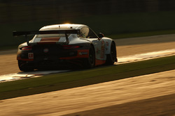 #86 Gulf Racing Porsche 911 RSR: Майкл Уэйнрайт, Адам Кэррол, Бен Баркер